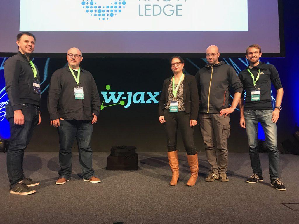 Mitarbeiter auf der Software-Konferenz W-Jax