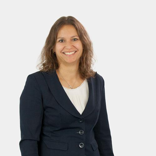 Portrait Geschäftsführerin Nadine Riederer
